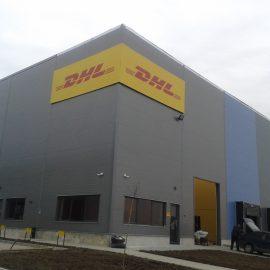 DHL-Montare panou fațadă