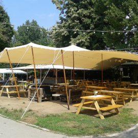 LA CĂPIȚE-Montare cort