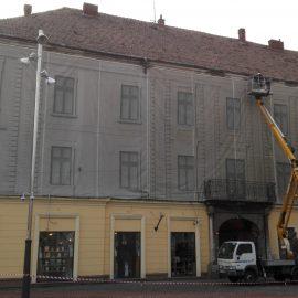 Montare protecție fațadă